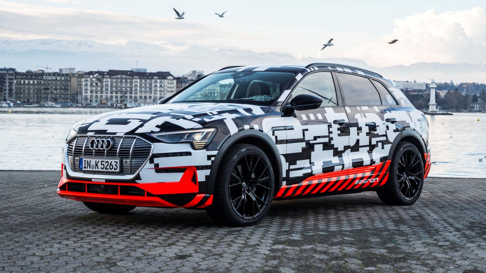 Een Audi e-tron prototype in Genève
